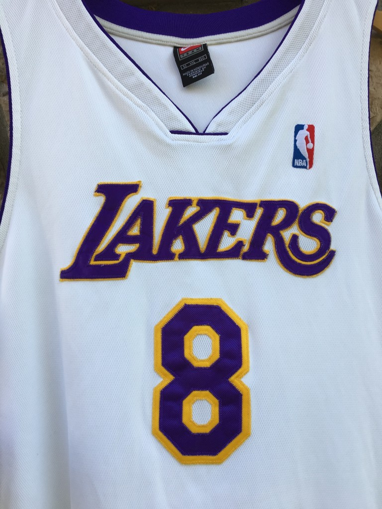7733a49513128 2001 Los Angeles Lakers #8 Kobe Bryant authentic white alternate nike jersey  size 52 XXL