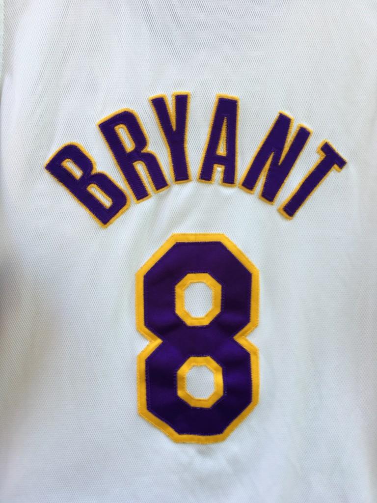 2e6e07fae19 2001 Los Angeles Lakers #8 Kobe Bryant authentic white alternate nike jersey  size 52 XXL