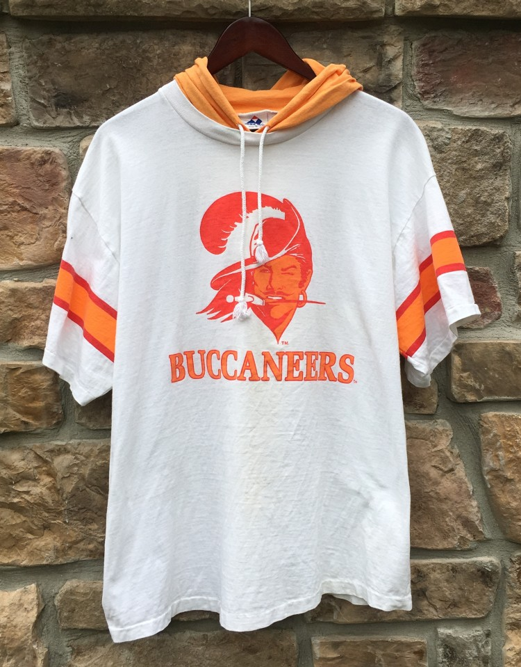 c7ba223f 90's Tampa Bay Buccaneers Apex One Hooded NFL Shirt Size Medium
