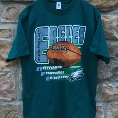 90's Philadelphia Eagles logo 7 NFL T shirt size XL