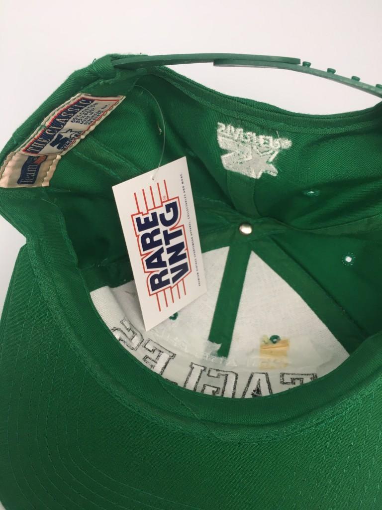 buy online 10fa6 a59a8 90 s Philadelphia Eagles vintage Starter arch kelly green nfl snapback hat