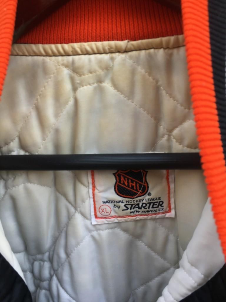 052d6c45cae 90 s Philadelphia Flyers Starter Satin NHL bomber jacket size XL