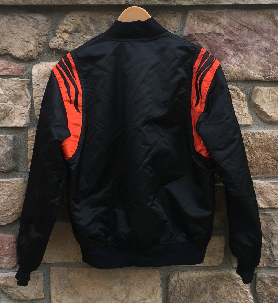 3782dbed6 90's Cincinnati Bengals Starter NFL Satin Jacket Size XL   Rare Vntg