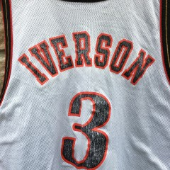1998 Allen Iverson Philadelphia Sixers Reversible Champion NBA jersey size 40 medium