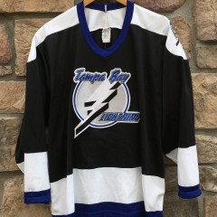 deadstock 90's Tampa Bay Lightning CCM NHL Jersey size Large