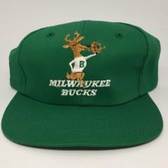 90's Milwaukee Bucks deadstock vintage NBA snapback hat