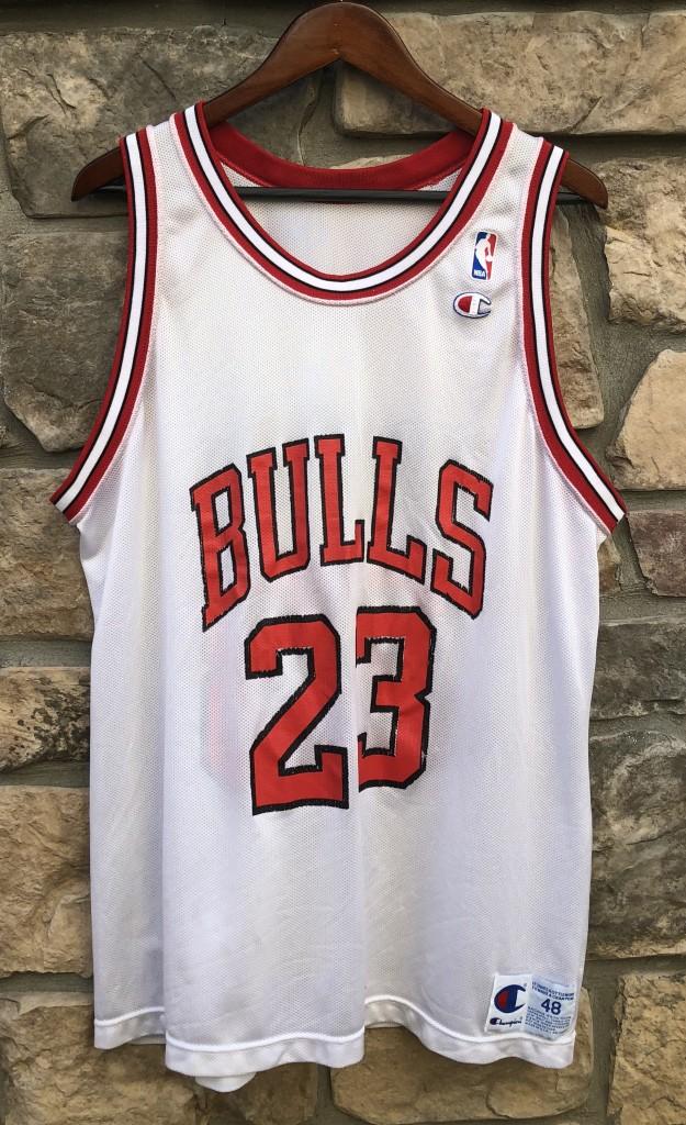 0a8db2e7e58c15 1992 Chicago Bulls vintage Champion NBA jersey size 48 XL white rare