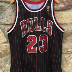 1997 Chicago Bulls Michael Jordan vintage champion authentic NBA jersey black pinstripe alternate size 48 XL
