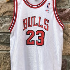 1997 Michael Jordan Chicago Bulls Champion NBA jersey size youth XL