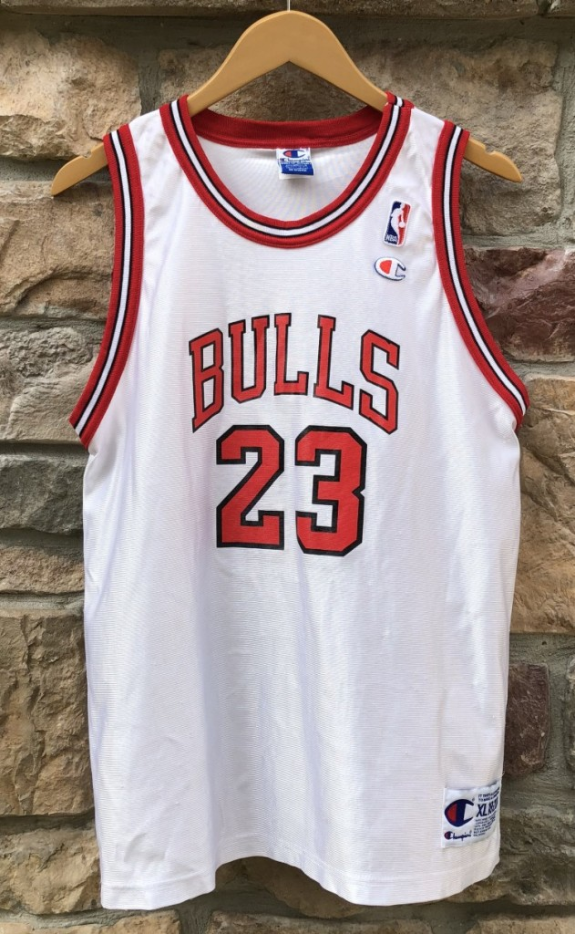 big sale 3d8fb 691df 1996 Michael Jordan Chicago Bulls Champion NBA Jersey Youth XL