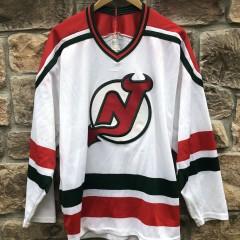90's New Jersey Devils Green CCM NHL jersey size XL vintage