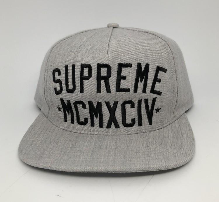 3e86b5d5f84 90 s New York Giants Satin Starter NFL Jacket Size Medium  150.00. Fall  Winter 2009 Supreme MCMXCIV Grey starter snapback hat vintage