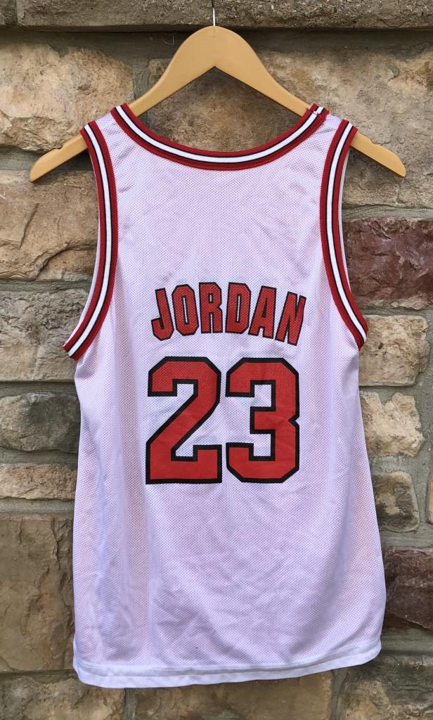 sale retailer 9bc52 39f8c 1996 Michael Jordan Chicago Bulls Reversible Champion NBA Jersey Youth Large