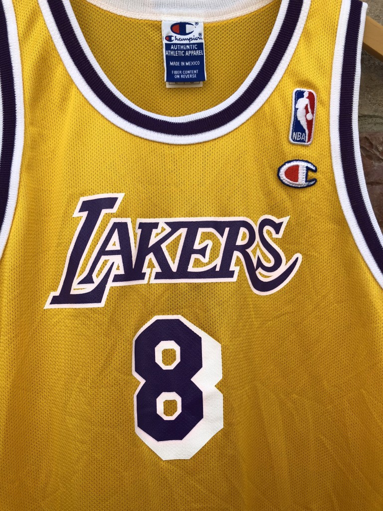 2b6ba9a82c7 90 s Champion vintage Los Angeles Lakers kobe bryant rookie jersey size  youth large