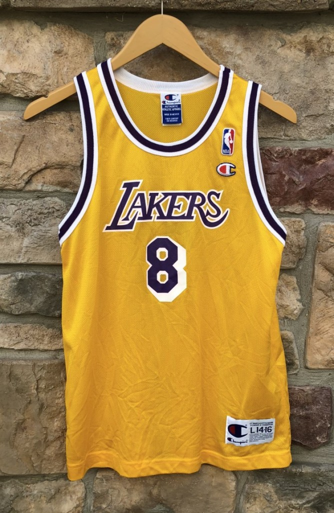 b2bb6d454a0 90 s Champion vintage Los Angeles Lakers kobe bryant rookie jersey size  youth large