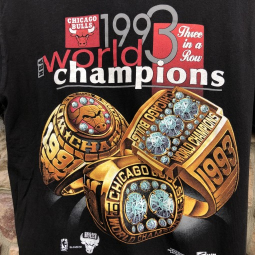 1993 Chicago Bulls World Champions Rings T shirt salem sportswear vintage size large
