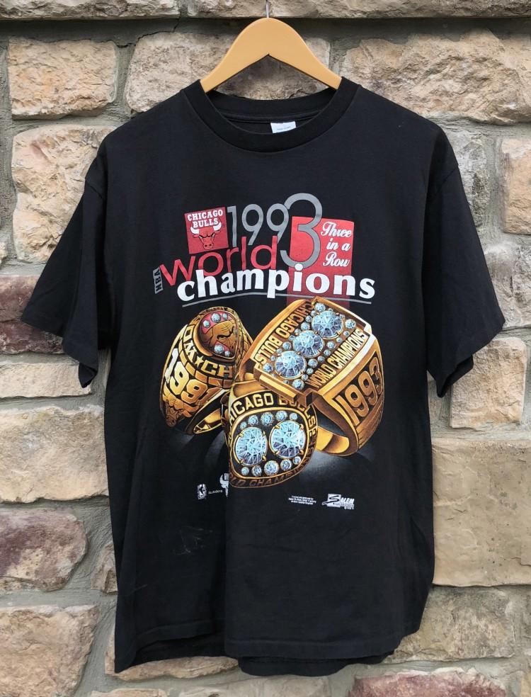 988a24c44fd7 1993 Chicago Bulls World Champions Rings T shirt salem sportswear vintage  size large