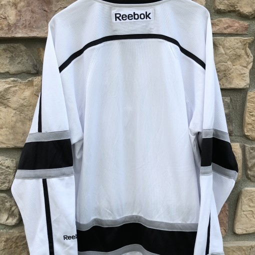 2011 Los Angeles Kings Reebok NHL jersey size large