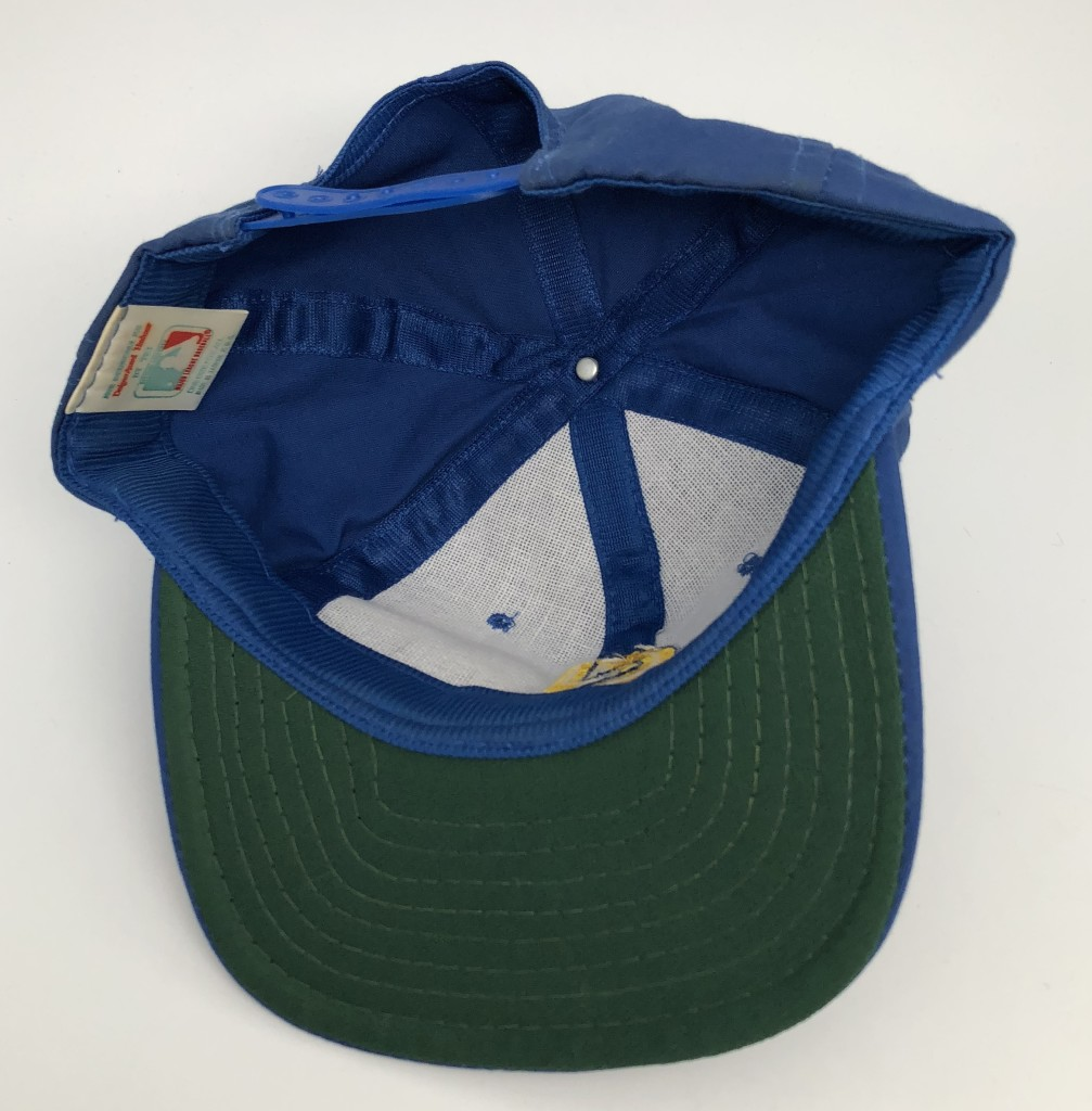 3a2d5ee11f223 80s Seattle Mariners Vintage MLB Snapack hat