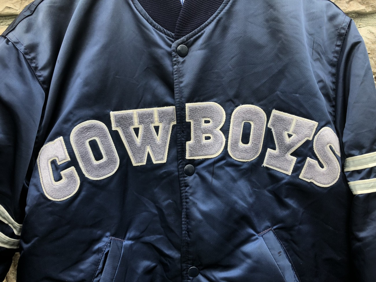 check out 075d7 c99bb 90's Dallas Cowboys Starter Satin NFL Jacket Size Medium