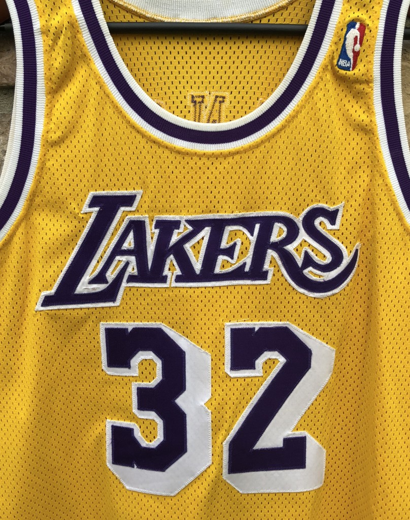 c2ee0692162e 1990 Los Angeles Lakers Magic Johnson Champion Authentic NBA Jersey size 44  large