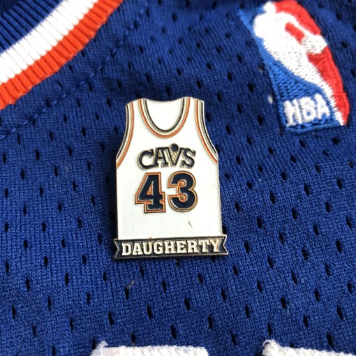 90's Cleveland Cavaliers Brad Daugherty Jersey Pin