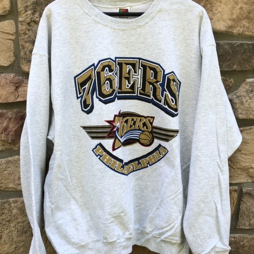 90's Philadelphia 76ers Fruit of the loom premium vintage NBA Crewneck sweatshirt size XL