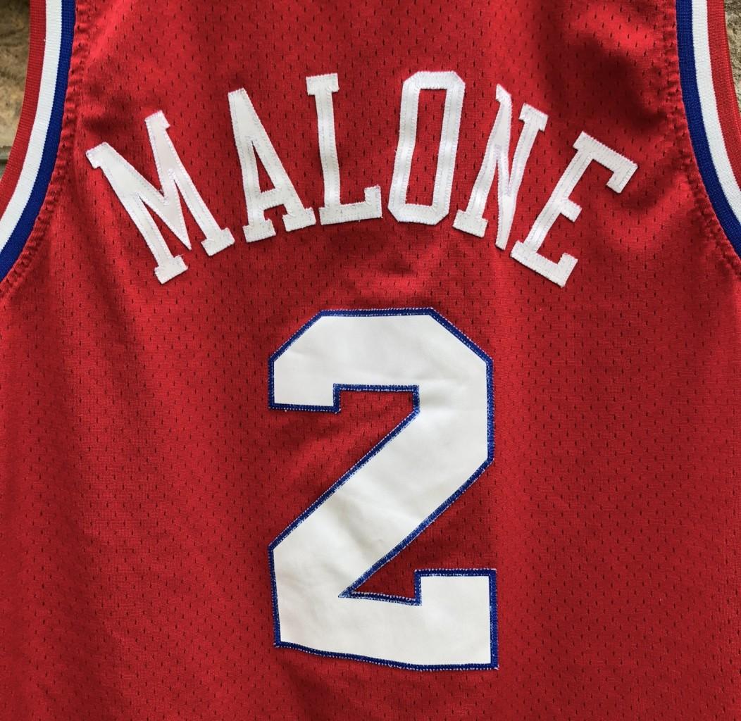 Philadelphia Sixers Moses Malone Reebok Hardwood Classics NBA Swingman Jersey  size Medium edf0c3664