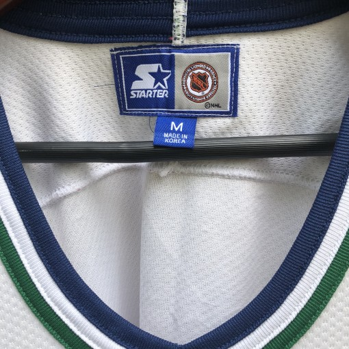 90's Hartford Whalers Starter NHL Hockey Jersey size Medium