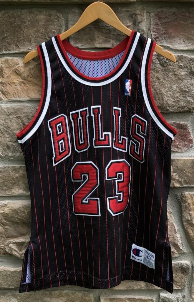 1996 Chicago Bulls Michael Jordan Authentic Champion NBA Jersey size 40  medium 81903551c