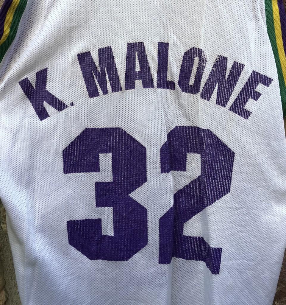low priced 560d3 a7949 90's Karl Malone Utah Jazz Champion NBA Jersey Size 40