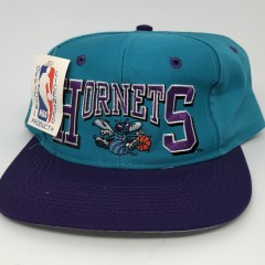 90's Charlotte Hornets NBA vintage snapback hat
