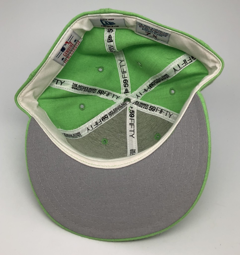 save off 6ba0f 65cc4 90 s New York Yankees New Era lime green vintage MLB fitted hat