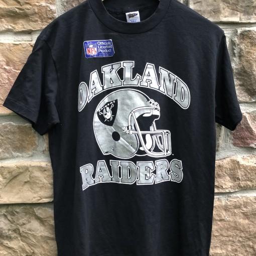 90's Oakland Raiders Trench single stich NFL t shirt vintage size medium
