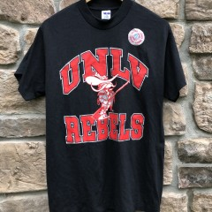 deadstock vintage 80's UNLV runnin' rebels ncaa trench t shirt size large