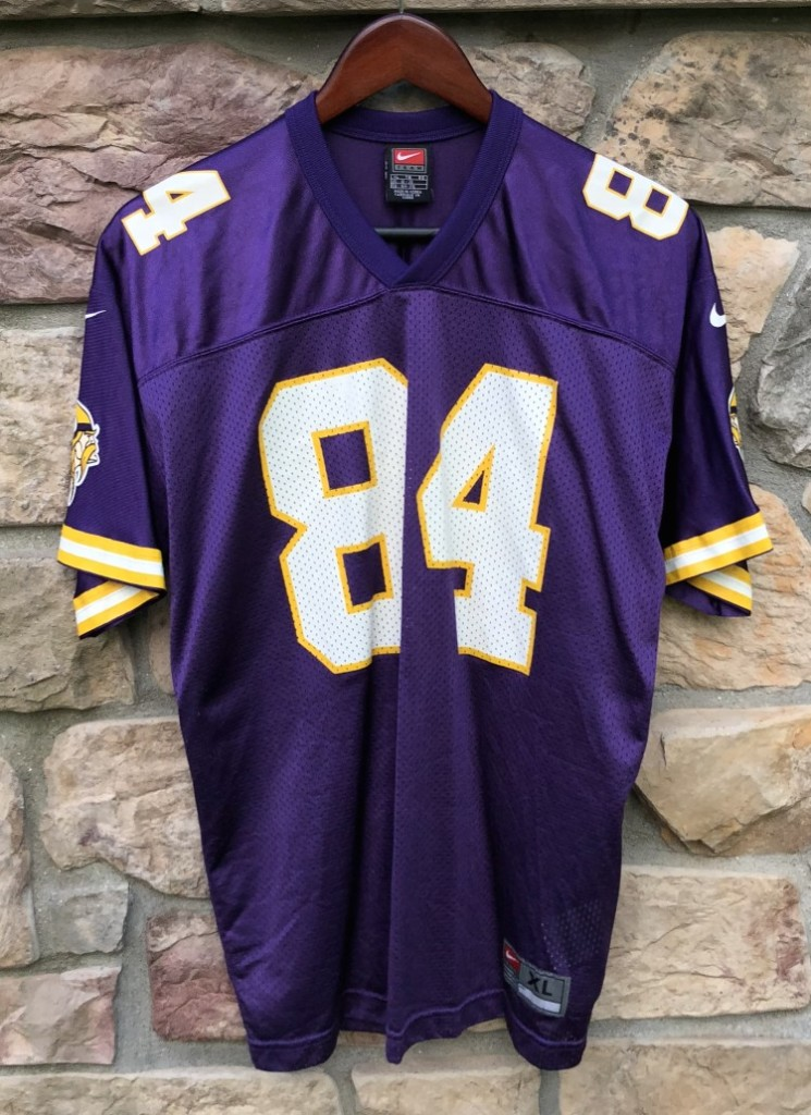 cheap for discount cd54c babe3 1998 Randy Moss Minnesota Vikings Nike NFL Jersey Youth XL
