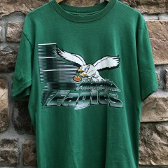 vintage 90's 1994 Philadelphia Eagles logo 7 NFL T shirt size large
