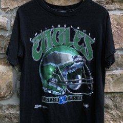vintage 90's 1992 Philadelphia Eagles Salem sportswear helmet t shirt size medium