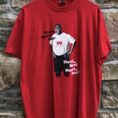 1995 Magic Johnson Stand against AIDS t shirt red size XL