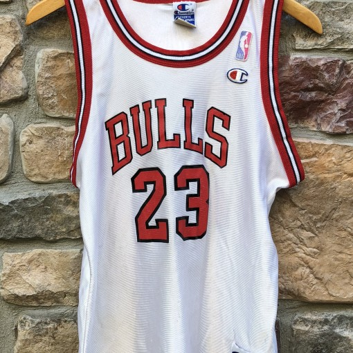 Vintage 90's Michael Jordan Chicago Bulls Champion NBA Jersey Youth Size Large