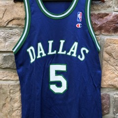 90's vintage Jason Kidd Dallas Mavericks Champion NBA jersey size 40