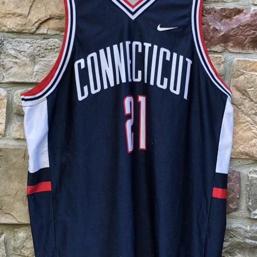 vintage 90's Uconn Huskies Nike NCAA Jersey Size XXL #21