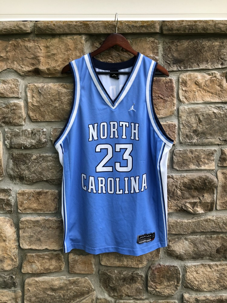 newest 99a6b 5bb52 00's Michael Jordan North Carolina Tarheels Nike NCAA Jersey