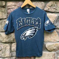 vintage 90's Philadelphia Eagles NFL T shirt youth size large