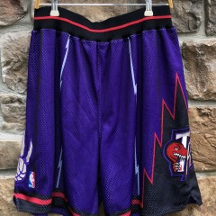 vintage 90's Toronto Raptors Authentic Nike NBA Shorts size 36 large