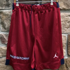 Vintage 90's St. John's Red Storm authentic jordan shorts size XL