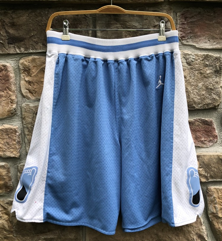 02d51ac1675 vintage Jordan Brand UNC Tarheels north carolina 80's retro NCAA shorts  size medium large