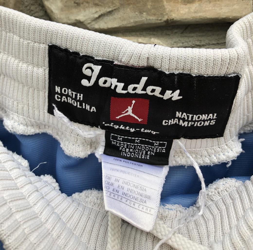 79c34fb84f9fb4 vintage Jordan Brand UNC Tarheels north carolina 80 s retro NCAA shorts  size medium large