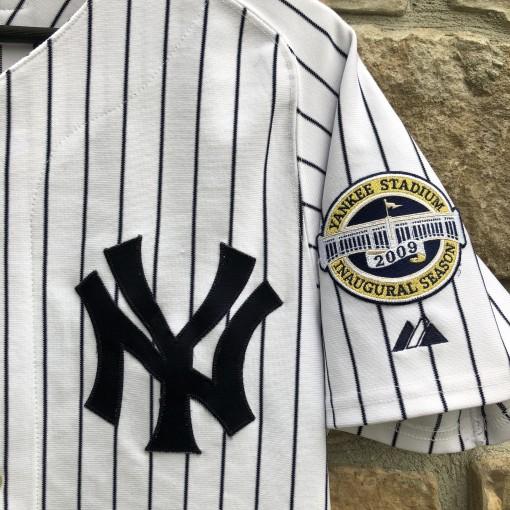 vintage 2009 New York Yankees Derek Jeter Majestic Authentic MLB jersey size 40 medium yankee stadium inaugural season