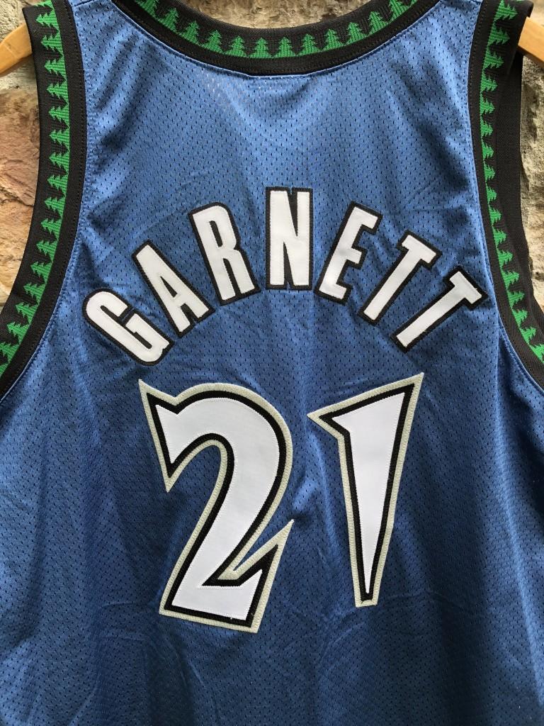 2002 Kevin Garnett Authentic Minnesota Timberwolves Reebok NBA Jersey Size  48 deadstock 31ad93fde